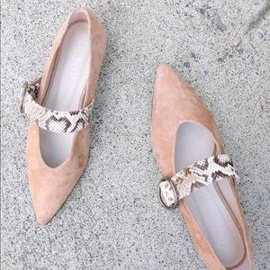 NEW Freda Salvador IVY pointed flat in taupe - 9